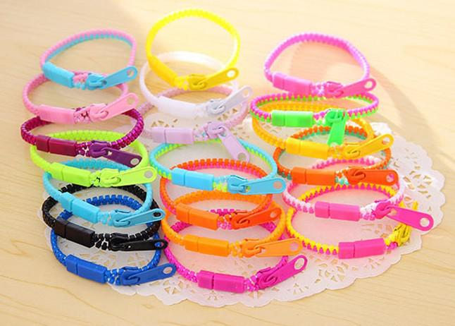 2013 New Zip bracelet wristband candy bracelet Popular Zipper bracelet