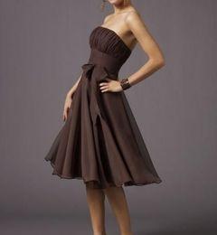 Бесплатная доставка платья невесты коричневый шифон без бретелек платье-line колен лук дешевые платья невесты от