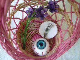 Wholesale Harajuku Pins - Japanese Harajuku bloodshot eyeball eyeball jewelry brooch pin accessories punk collar