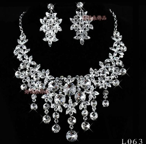 Artificial pearl diamond bridal jewelry sets bridal for Diamond pearl jewelry sets