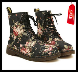 Wholesale Demin Women - On Sale Women's Sexy Floral Prints Cloth Upper 8 Holes Martin Boots,Sexy Flower Winter Knight Boots size 35 to 39