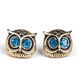 owl christmas ornament Canada - New Retro Fashion Lady Big Eyes Owl Stud Earring Earrings Pin Nail earrings stud charm jewelry wedding ornament earring free shipping