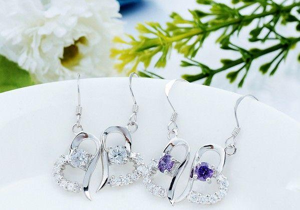 New Purple / White Liebeszauber Swiss Diamond Heart-Shaped Ohrstecker in 18 Karat Weißgold vergoldet