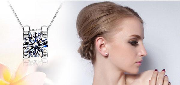 Ny Vit Kärlek Charm Square Swiss Diamond Stud Örhängen Sätta i 18k Vitguldpläterad