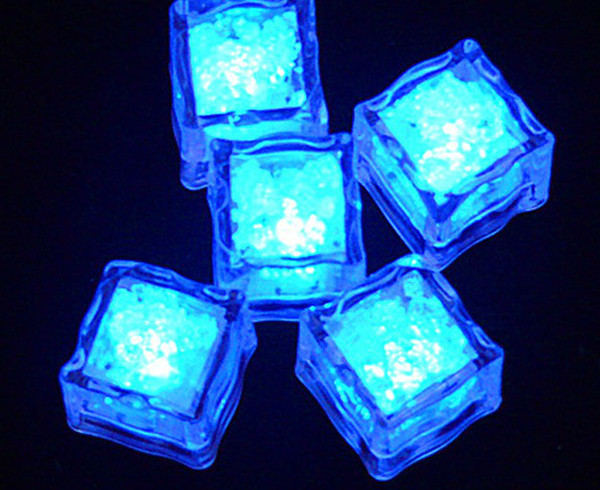 12pcs / lot = 1box 2013 nuovo mini night light cubetti di ghiaccio simulazione / romantico ghiaccio Nightlight