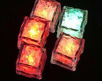 kristal buz küpleri yılbaşı toptan satış-300 adet * LED Buz Küpleri Flaş Işığı, düğün Parti ışık buz, kristal Küp renk flaş, Yılbaşı hediyeleri