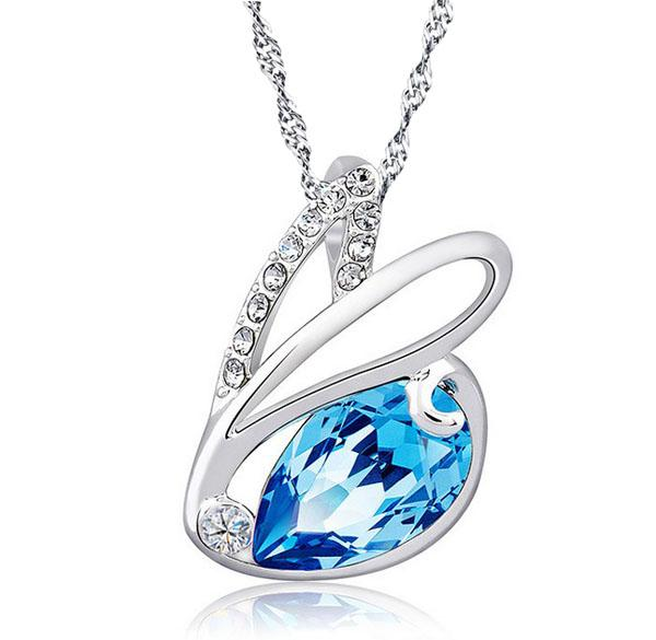 New!Fashion Cute Austrian Diamond Rabbit Crystal Pendant 925 Sterling Silver Plating Chain Wedding Necklace For Women Light Blue