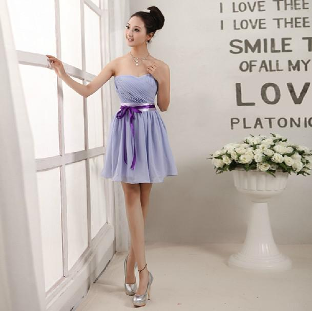2019 Billiga Sweetheart Chiffon Bridesmaid Dresses Strapless Short Chiffon Homecoming Dress