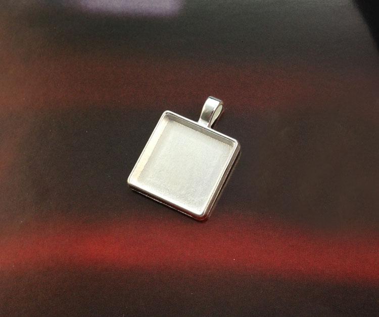 Bright Silver 20mm Square Pendant Trays Cabochon Settings #23438