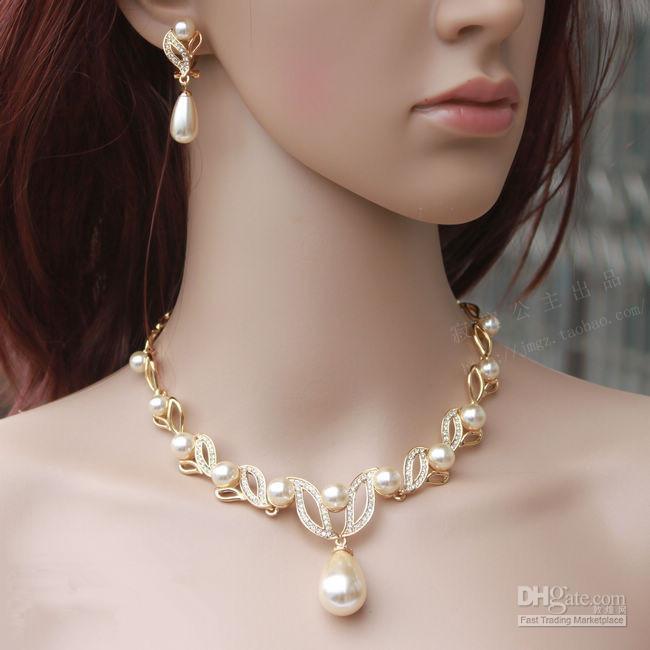 Gold überzogene Creme Perle Tropfen Perle und Strass Kristall Braut Halskette und Ohrringe Brautschmuck Sets