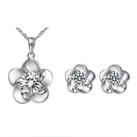 White Gold Plated CZ Crystal Diamante Pretty Flower Pendant Necklace and Earrings Sets
