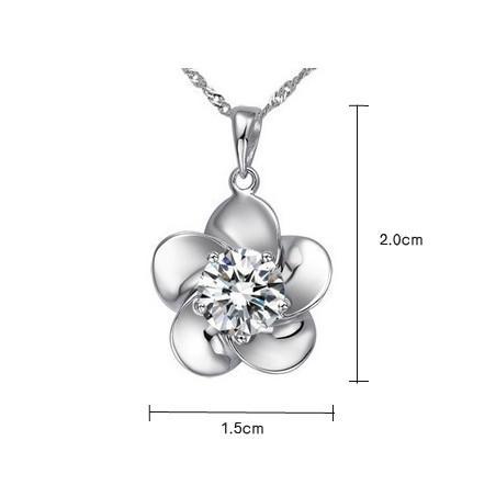 Vitguld pläterad CZ Crystal Diamante Pretty Flower Pendant Halsband och örhängen sätter