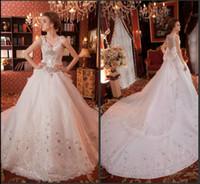 belle robe de mariée en tulle perlé achat en gros de-Jolie bretelle spaghetti balayage train dentelle arcs A-Line robes de mariée jardin belles strass perlés mignon bébé fille robes de mariée mariage