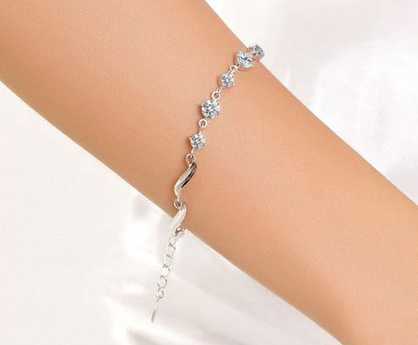 Ny Fem Crystal Bead Armband Kvinnor Lyxiga Leaf CZ Diamant Armband 925 Silver Bangle With White Gold Plated Trendy Smycken Gratis frakt