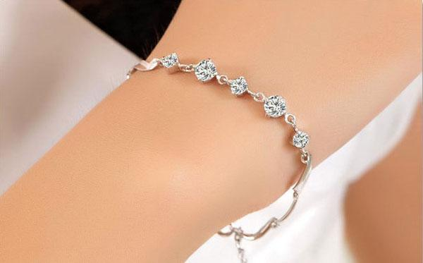 新しい5クリスタルビーズブレスレット女性の高級葉Czダイヤモンドブレスレット925シルバーバングルホワイトゴールドメッキトレンディジュエリー送料無料