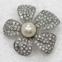ingrosso brooch di cristallo della perla faux-All'ingrosso Clear Crystal Rhinestone Faux Pearl Wedding Party prom Spilla damigella d'onore Fiore Pin Spilla Moda regalo gioielli C529