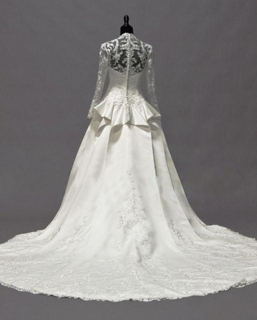 2019 Vintage Kate Middleton Långärmade Fall Bröllopsklänningar A-Line V-Neck Ivory Taffeta Appliques Peplum Bridal Gowns Hot Custom Made