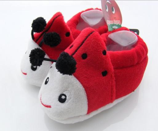 30% OFF! Karikatür hayvan çorapları. Mercan kadife ayakkabısı. Yumuşak alt anti-dökülme, toddler shoes.cheap.baby wear.china 12 çift / 24 adet J