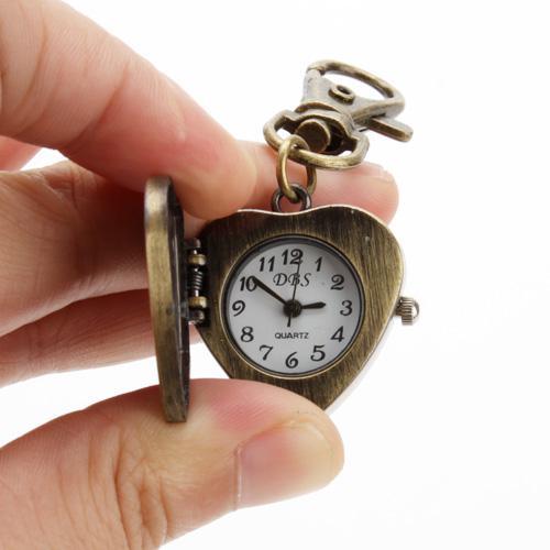 Único Retro Vintage Llavero Llavero Llavero Damas Womens Hombre Reloj de bolsillo Amor en forma de corazón ABRE SU CORAZÓN A USTED Amor Relojes Clip