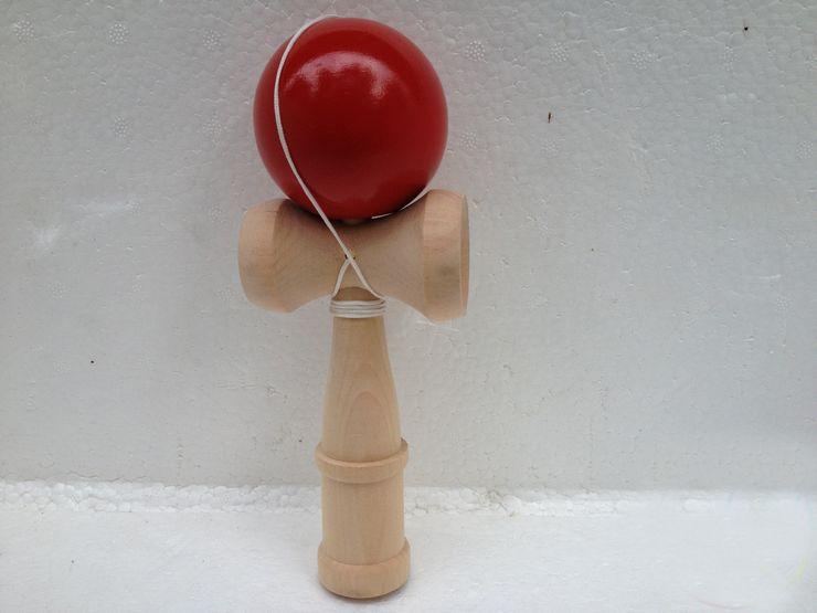 ホットセール120ピースビッグサイズ19 * 6cm剣士ボール日本の伝統的な木製ゲームおもちゃ教育ギフト7色卸売送料無料