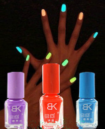 Wholesale Nail Varnishes - free shipping New 7ml Fluorescent Neon Nail Art Polish Glow in Dark Nail Varnish fluorescent polish