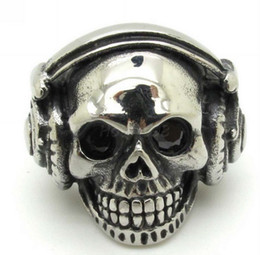 Wholesale Great Halloween Gifts - Sales Promotion! Cool Mens Fashion Zircon Eyes Silver Stainless Steel Biker Punk Cute Listen To Music Skull Ring Jewelry