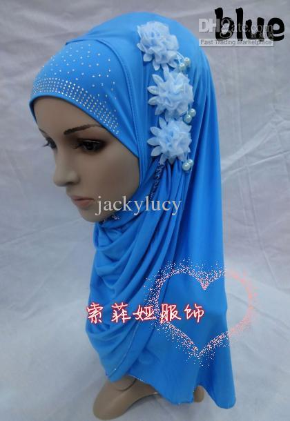New Design Fashion Ice Silk Cotton Muslim Hijabs Headscarf with Pearl Flower for Women
