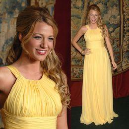 Wholesale Elegant Gossip - Elegant Red Carpet Gossip Girl Blake Lively Crew A-line Long Yellow Ruffle Chiffon Celebrity Evening Dresses