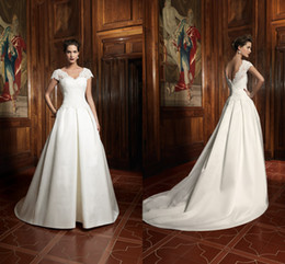 Wholesale Sexy Matures - Hot mature women pretty castle A-Line satin V-neck short sleeves wedding dresses sweep train beautiful lace covered button wedding gowns