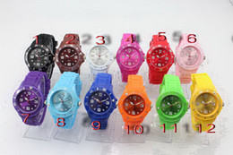 Wholesale Silicone Jelly Logo - 30PCS (13 Colors) Luxury sport Unisex Candy Jelly Watch High Quality 7 Logo 43mm Fashion Silicone Quartz Ladies Women's Mens Men's Watches