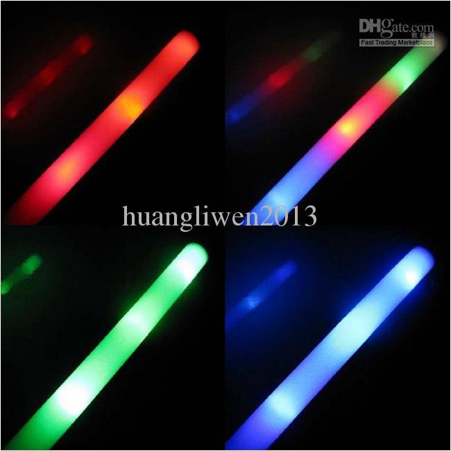 LED-Schaumstöcke Glühenstöcke Parteistützenschwammstock-Blitzstock, der emsiert Freies Verschiffen