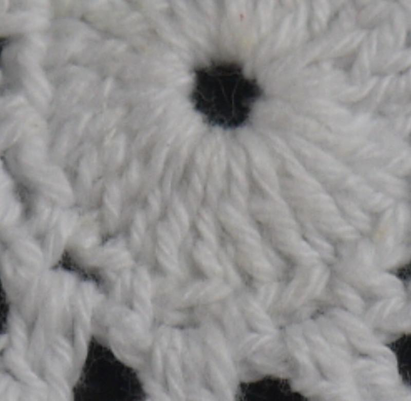 Handmade Crochet pattern Placemats Doily cup Pad mats tablecloth coasters round Dial 13cm, EMS Wholesale