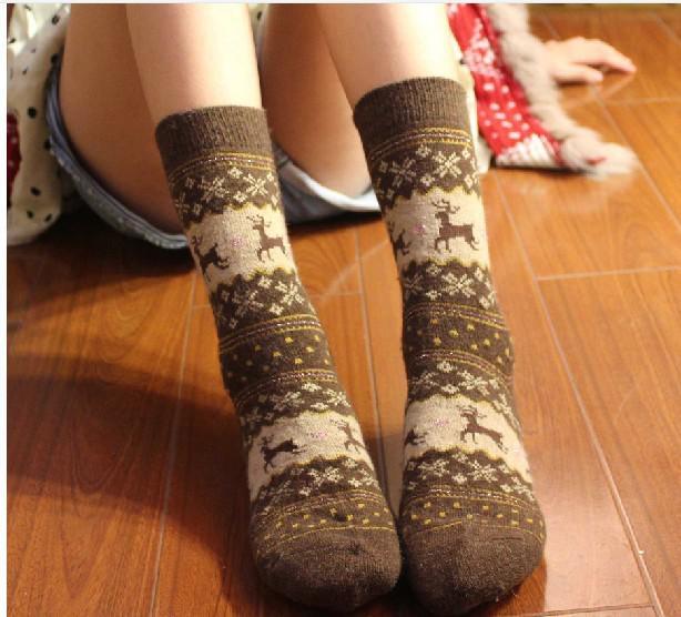 5 Farbe Weihnachtselche Socken Weihnachtsgeschenk Socken Mode Dicke Wolle Sport Socken Herbst Winter Warme Kleidung Festliches Geschenk 12 paare / los WZ1034