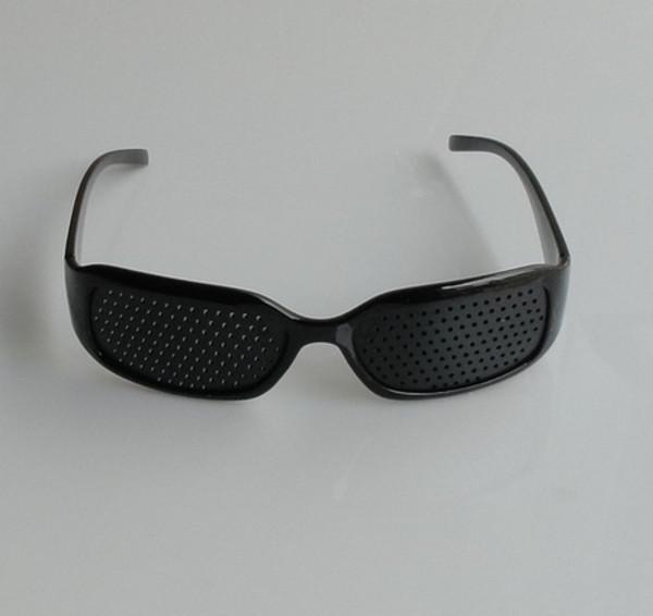 10 Pieces Unisex Vision Care Pinhole Glasses Eye Exercise Eyesight Improve Pin Hole Eyeglasses Black free shipping