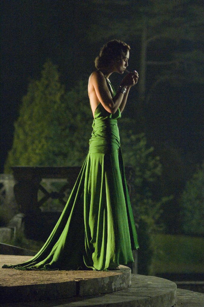 Härlig grön klänning på Keira Knightley från filmföreningen designad av Jacqueline Durran Long Celebrity Dress Evening