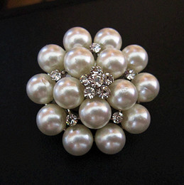 Wholesale Small Pearl Clusters - 1.4 Inch Rhodium Silver Plated Cream Pearl Cluster and Crystal Diamante Small Pin Brooch