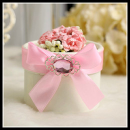 Wholesale Wedding Boxs - Wedding Candy Box Round with Flowers Red Blue Champagne Pink Purple Colors New European Style Wedding Gift Boxs Favor Holders 2014 Wedding