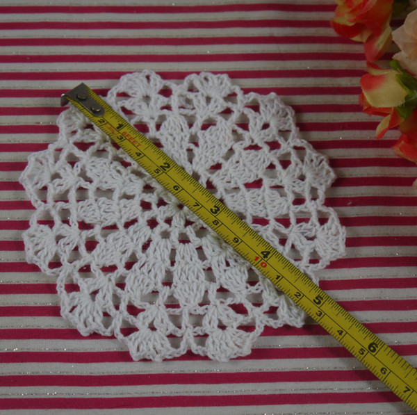 Free shipping 20131027 innovative items doilies crocheted Mat Pads white cotton crochet fabric 12-13cm,100Pcs/Lot