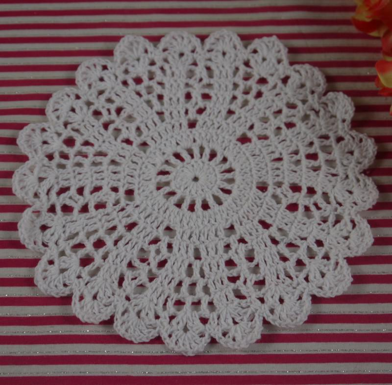 crochet doilies fabric table lace placemats coasters kitchen accessories Dial 14-16cm Custom Colors-