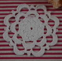 freie häkelarbeit tischdecke großhandel-Freies Verschiffen 30 Stück Handmade Crochet Muster Tischsets Deckchen Vintage Tasse Pad Matten Tischdecke Untersetzer 11 cm Benutzerdefinierte Farben
