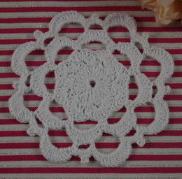 Wholesale Doilies Tablecloth - Free Shipping 30Piece Handmade Crochet pattern Placemats doily Vintage cup Pad mats tablecloth coasters 11cm Custom Colors