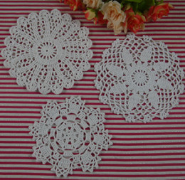 round fabric doilies NZ - Free Shipping 30Piece crochet doilies fabric table lace placemats coasters kitchen accessories Dial 14-16cm Custom Colors-