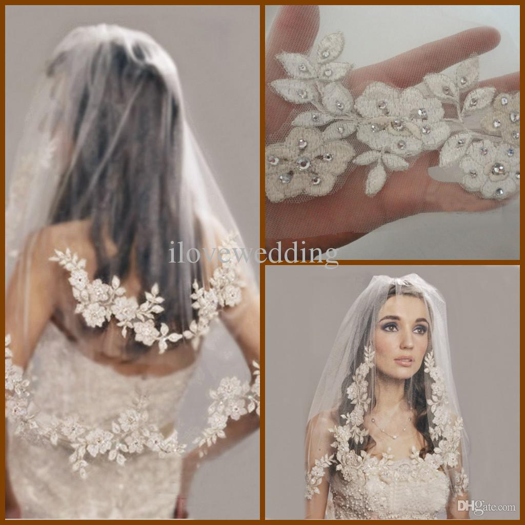 2015 New High Quality Elbow Length Lace Bridal Veils Beads Embroidery 31 Inches Two Tiers Face Tulle Short Wedding Veil With Comb YV 13