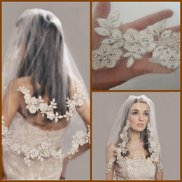 Wholesale Short Tier Wedding Veils - 2015 New High Quality Elbow Length Lace Bridal Veils Beads Embroidery 31 Inches Two Tiers Face Tulle Short Wedding Veil with Comb YV-13