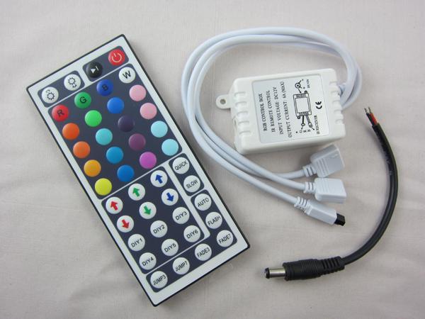 Nuevo controlador de salida dual availab de doble cara 12V 44 Llaves Controlador LED IR Control remoto para RGB LED Strip Light DHL envío gratis