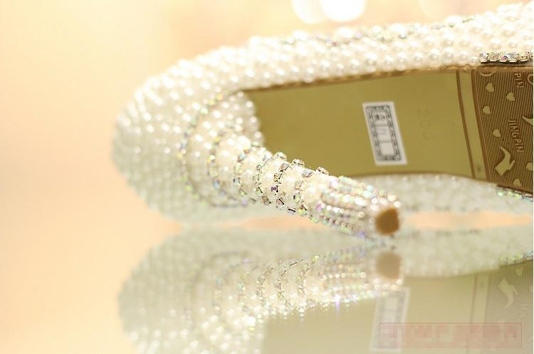 Nicest Pearl High Heel weddingRhinestone Crystal bridal shoes wedding shoes 35-39 Lady Fashion Shoes Christmas Gift