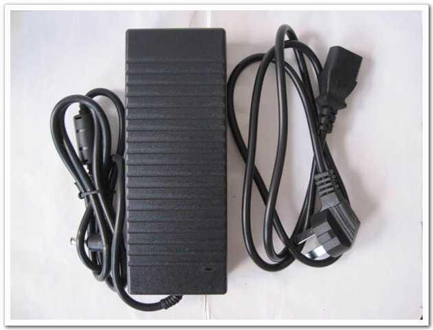 10 stücke 12 V 10A 120 Watt DC 5,5x2,5mm AC / DC Adapter Netzteil mit AC Kabel Ladegerät AC 100 V-240 V Netzteil Großhandel Hohe Qualität