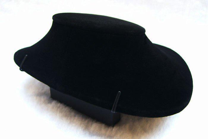 Freies Verschiffen 3 stücke Schwarzem Samt Weiß Leder Halskette Torso Regal Modelle Anhänger Halter Schmuckständer Schaufensterpuppe Büste
