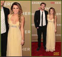 Wholesale Miley Cyrus Blue Dress - Miley Cyrus 2015 Yellow Evening Dresses Asymmetrical Sexy V Neck A-line Ruffles Beaded Red Carpet Celebrity Dresses Prom Formal Party Gowns