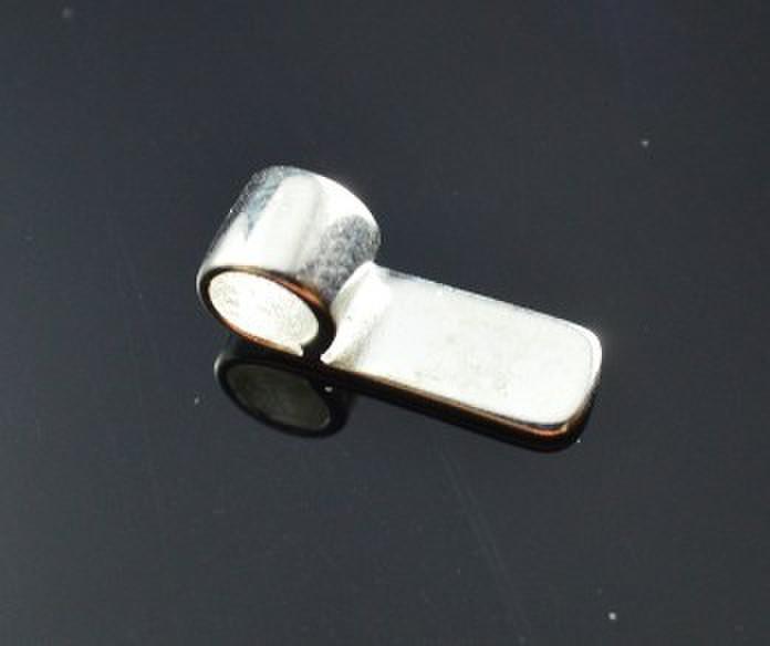 El envío libre, la apertura: 6 * 18 mm chapado en plata Xiaoping broche colgante de pegamento en fianzas, pegamento bajo fianza para